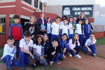 Alunos da Escola Municipal Idalina Pasquotto Bonatto conhecem o Poder Legislativo Municipal