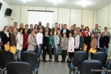 Câmara Municipal entrega Votos de Congratulações a várias pessoas publicas e representantes da Sociedade Civil