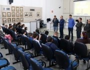 Câmara recebe visita de alunos do ensino fundamental e médio
