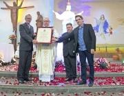 Padre Dionísio Hülse recebe o título de cidadão honorário de Medianeira