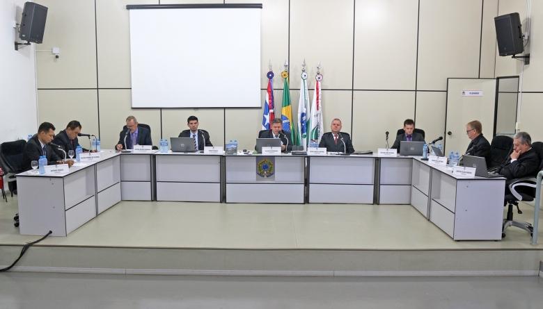 Câmara aprova matérias do Executivo em caráter de urgência durante extraordinária