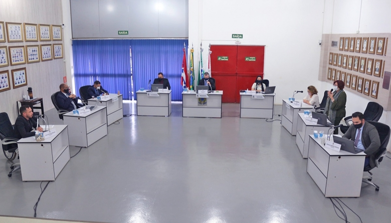 Dois projetos de crédito adicional são aprovados em regime de urgência