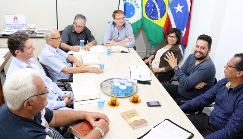Pastores do Copem retomam encontros mensais com vereadores da Câmara Municipal
