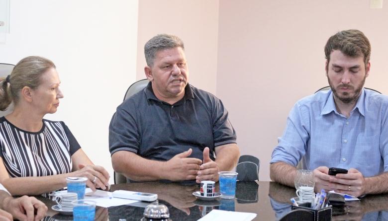 Presidente da Câmara participa de reunião sobre a Estrada do Colono sediada na ACIME