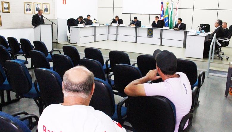 Projetos do Executivo Municipal são aprovados em segundo turno durante sessão extraordinária realizada neste sábado