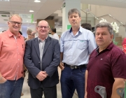Vereadores prestigiam apresentação de revitalização de agência Sicredi na Pedro Soccol