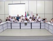 Alunos da Escola Idalina Pasquotto Bonatto visitam sede do Poder Legislativo