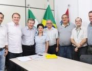 Elio Rush se reúne com presidente da Casa e convidados