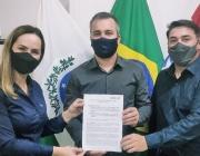 Gerentes da Sicredi Vanguarda visitam Legislativo Municipal