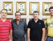 José Arlindo Sehn e vice-prefeito de Serranópolis visitam Poder Legislativo