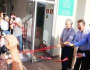 Lar inaugura moderno laboratório com a presença de membros do Legislativo