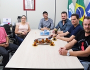 Político e filho do deputado  Toninho Wandscheer visita Câmara de Vereadores