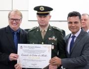 Subtenente do TG 05-018 de Medianeira é homenageado pela Câmara pelos relevantes serviços prestados à população medianeirense