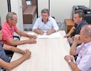 Valdecir Fernandes reúne demais membros da Mesa Diretiva para tratar de assuntos administrativos