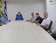 Vereadores entregam ao prefeito peças orçamentárias aprovadas para 2020
