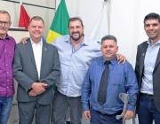 Vereadores recebem visita de Ney Massa